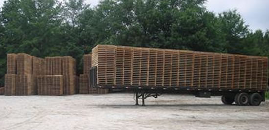 Flatbed Trailer of New Custom Size Pallets Ready to Ship from Pallet Yard